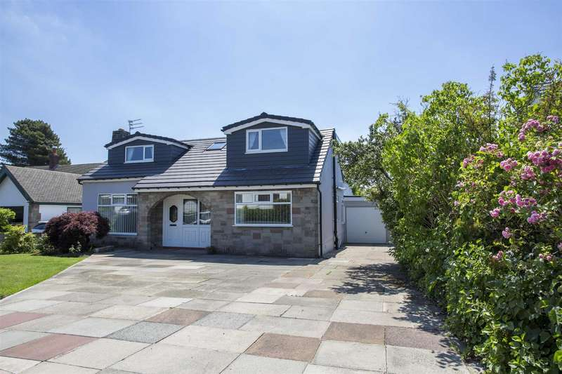 4 Bedrooms Detached House for sale in St Austell Drive, Greenmount