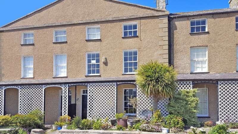 4 Bedrooms Terraced House for sale in Green Edge, Beaumaris, Anglesey, LL58