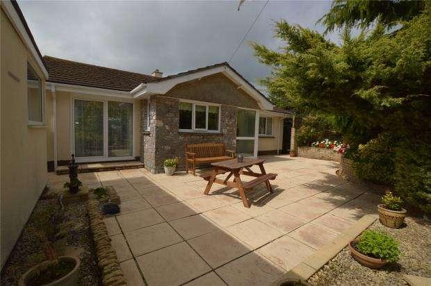 2 Bedrooms Detached Bungalow for sale in Greenover Close, Brixham, Devon