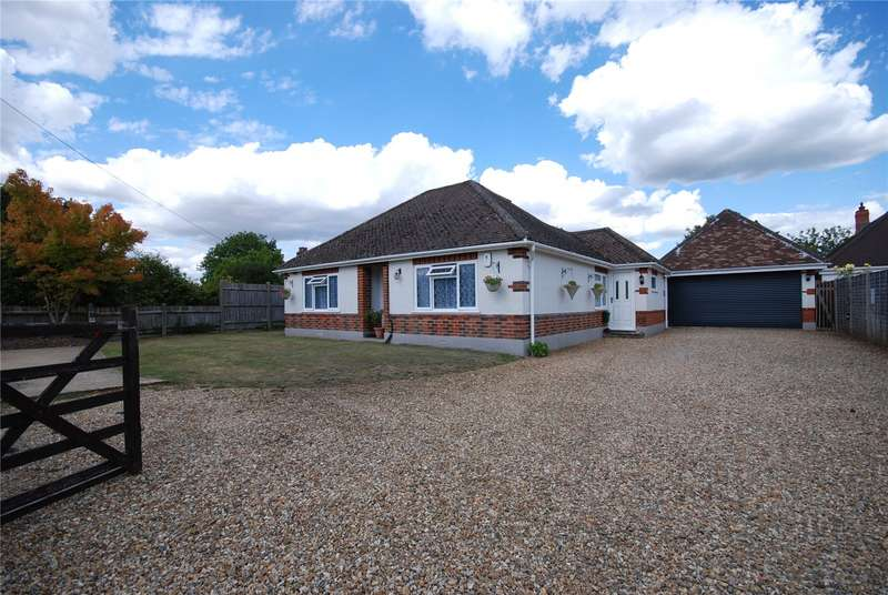 4 Bedrooms Detached House for sale in Whitsbury Road, Tinkers Cross, Fordingbridge, Hampshire, SP6
