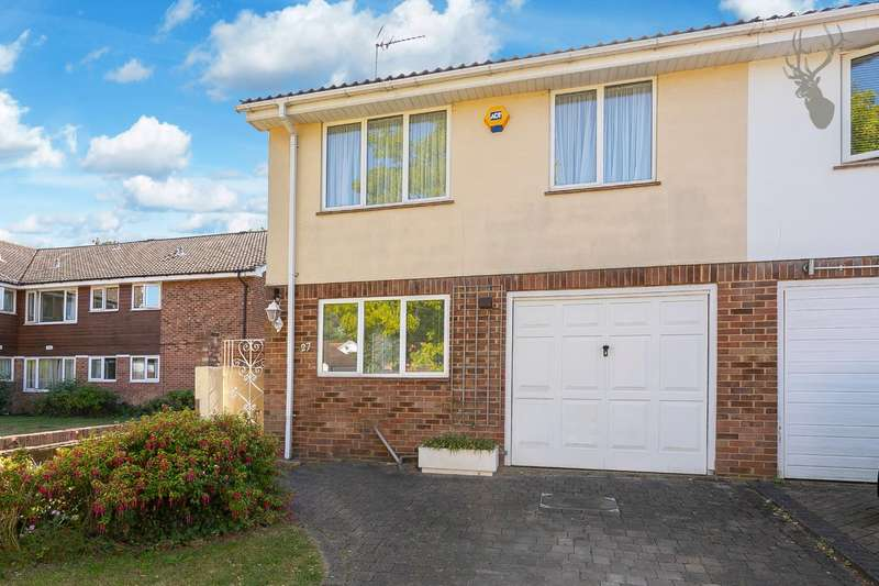 3 Bedrooms Semi Detached House for sale in Thrifts Mead, Theydon Bois, Epping