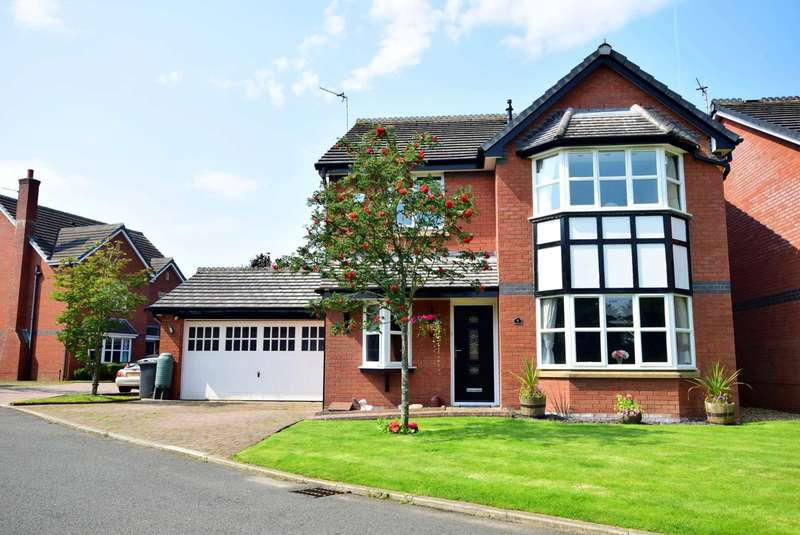 4 Bedrooms Detached House for sale in The Ferns, Kirkham, PR4 2BF