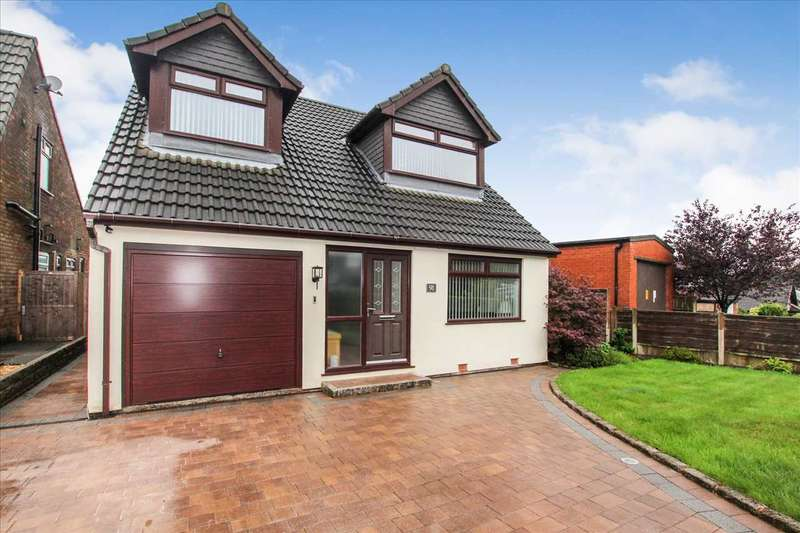3 Bedrooms Detached House for sale in Rutherford Drive, Bolton