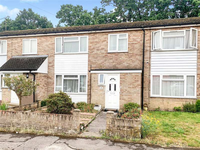 3 Bedrooms Terraced House for sale in Reynards Close, Tadley, Hampshire, RG26
