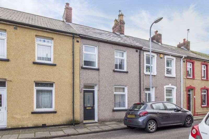 3 Bedrooms Property for sale in Broad Street Griffithstown, Pontypool