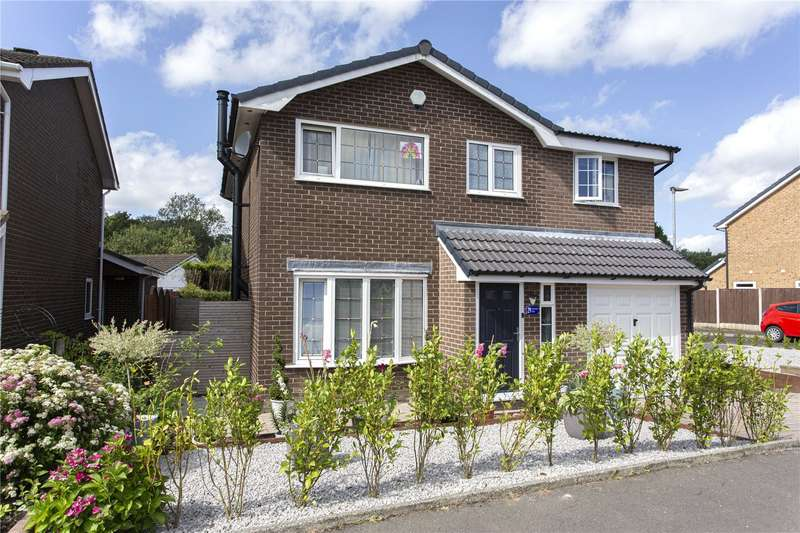 4 Bedrooms Detached House for sale in Rudgwick Drive, Bury, Greater Manchester, BL8