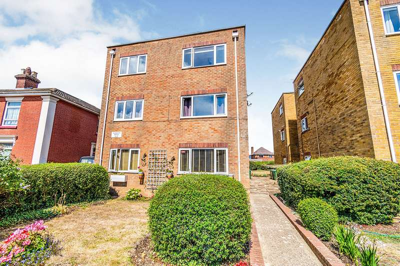 2 Bedrooms Apartment Flat for sale in Napoleon House, 15 Waterloo Road, Southampton, Hampshire, SO15