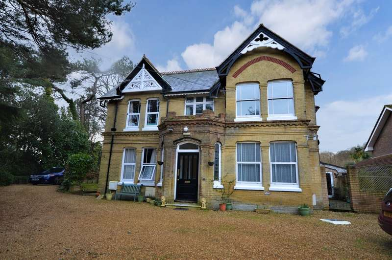1 Bedroom Flat for sale in Victoria Avenue, Shanklin