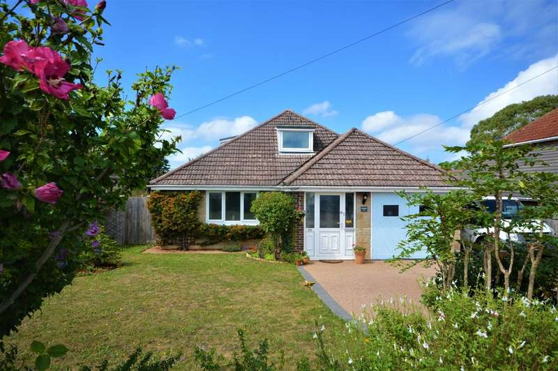 4 Bedrooms Detached Bungalow for sale in The Fairway, Sandown