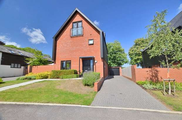 Detached House for sale in Barton Farm, Winchester, Hampshire, SO22 6AX