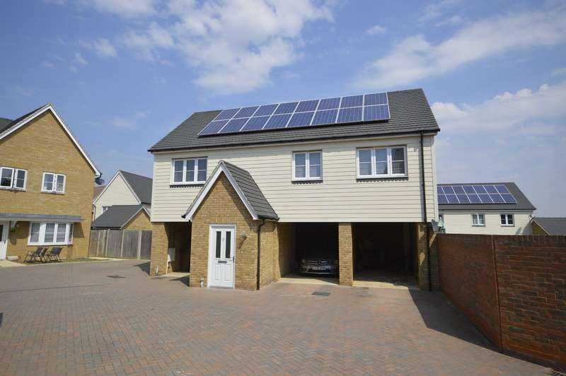 2 Bedrooms Apartment Flat for sale in Flora Way, Hoo, Rochester, Kent, ME3