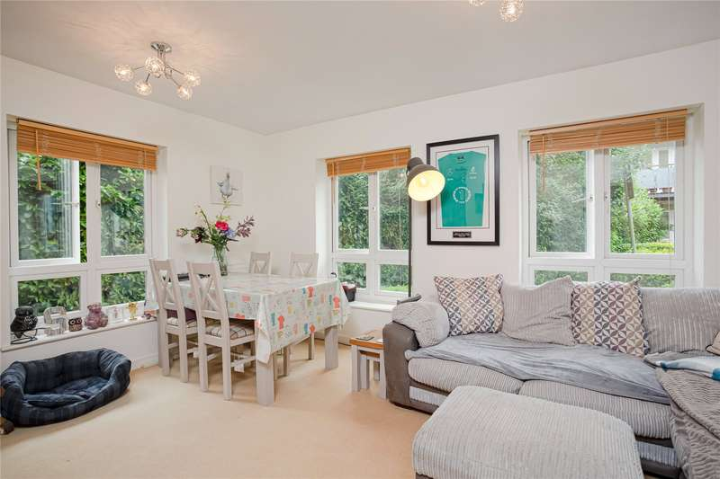 1 Bedroom Flat for sale in Silver Place, Cassio Metro, Watford, Hertfordshire, WD18
