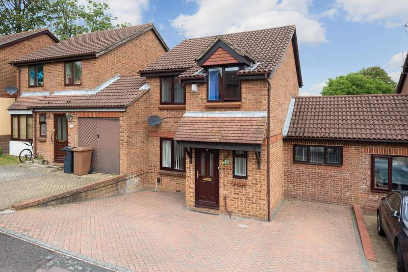 3 Bedrooms House for sale in Northbrooke, Ashford, TN24