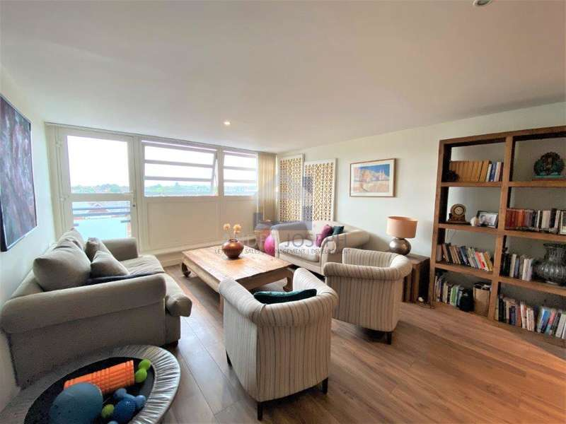 2 Bedrooms Apartment Flat for sale in Balham Hill, Clapham South, London, SW12 9EE