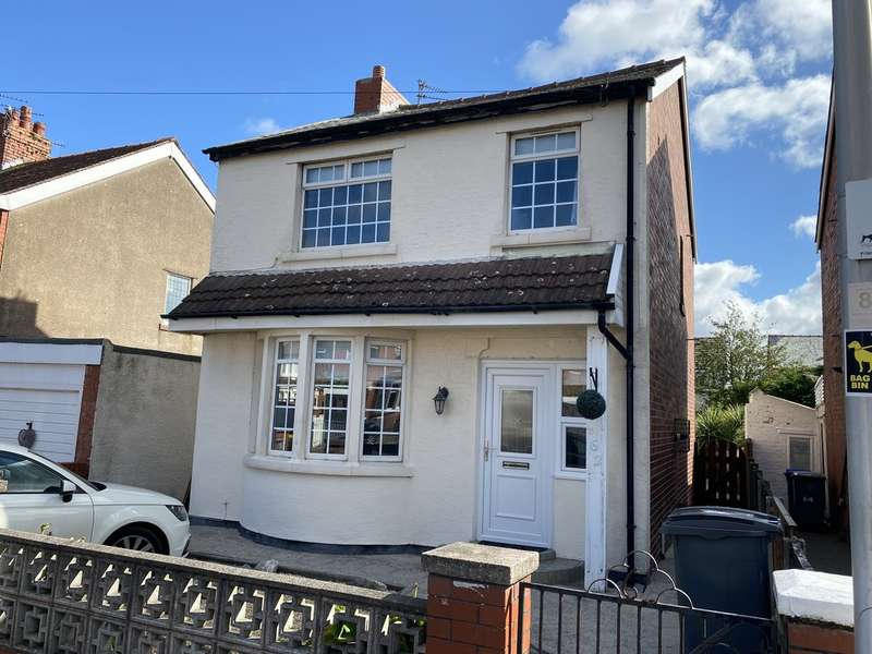 3 Bedrooms Detached House for sale in Beverley Grove, South Shore