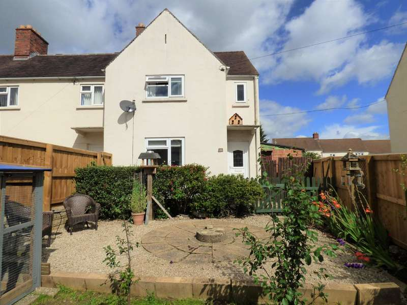 3 Bedrooms Semi Detached House for sale in Bridge Road , Cirencester , Gloucestershire