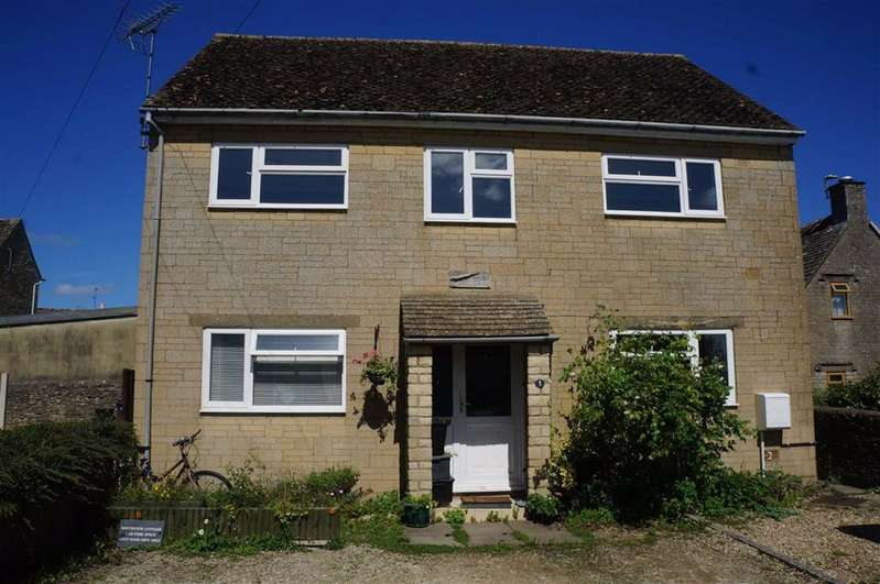 2 Bedrooms Flat for sale in Spindle Court, Stow-on-the-Wold, Gloucestershire