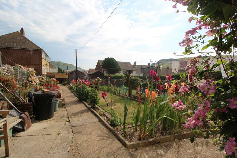 2 Bedrooms House for sale in St. Davids Avenue, Dover, Kent, CT17