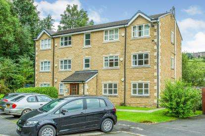2 Bedrooms Flat for sale in Tame Valley Close, Mossley, Greater Manchester