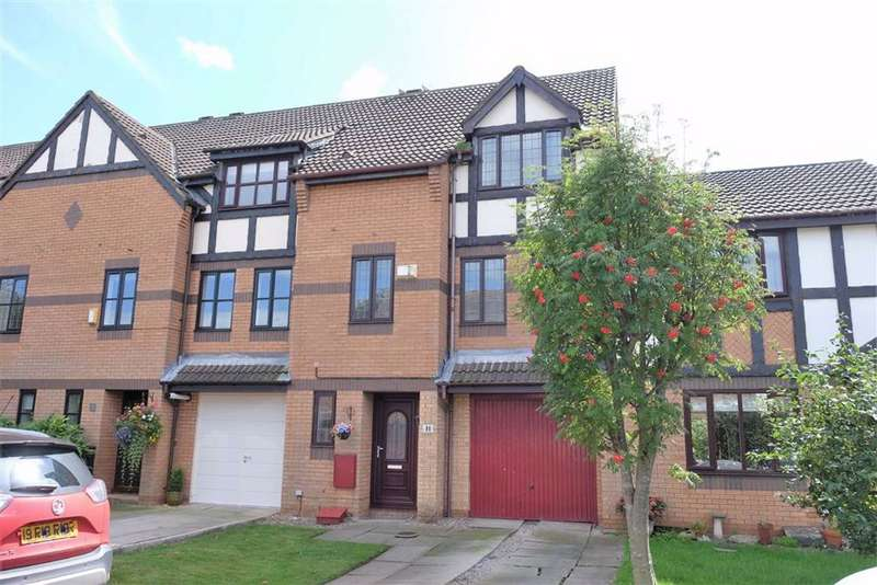 4 Bedrooms Mews House for sale in The Glades, Lytham