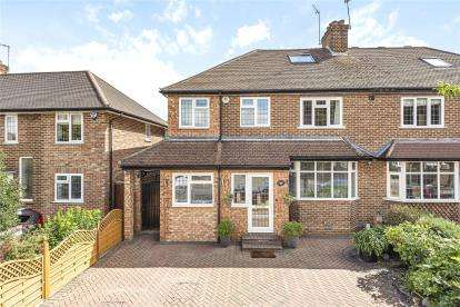 4 Bedrooms Semi Detached House for sale in Kechill Gardens, Hayes