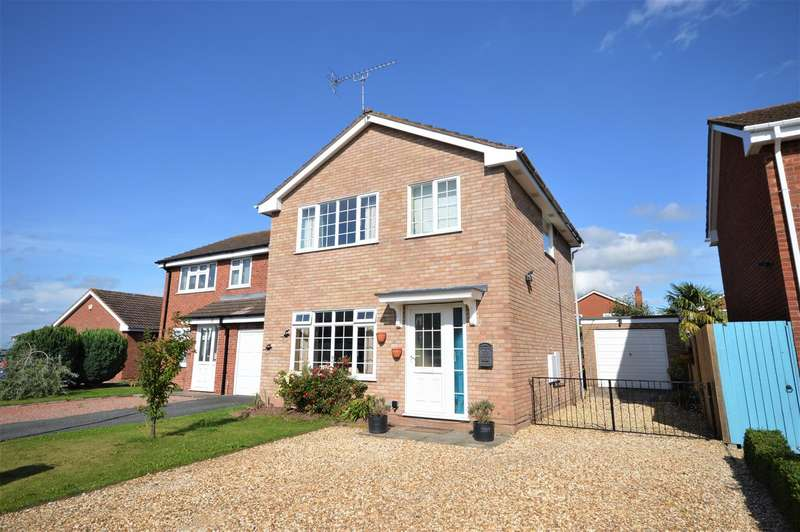 3 Bedrooms Detached House for sale in Clifford Road, Leominster