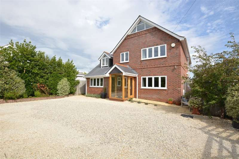 4 Bedrooms Detached House for sale in Ramley Road, Lymington, Hampshire, SO41