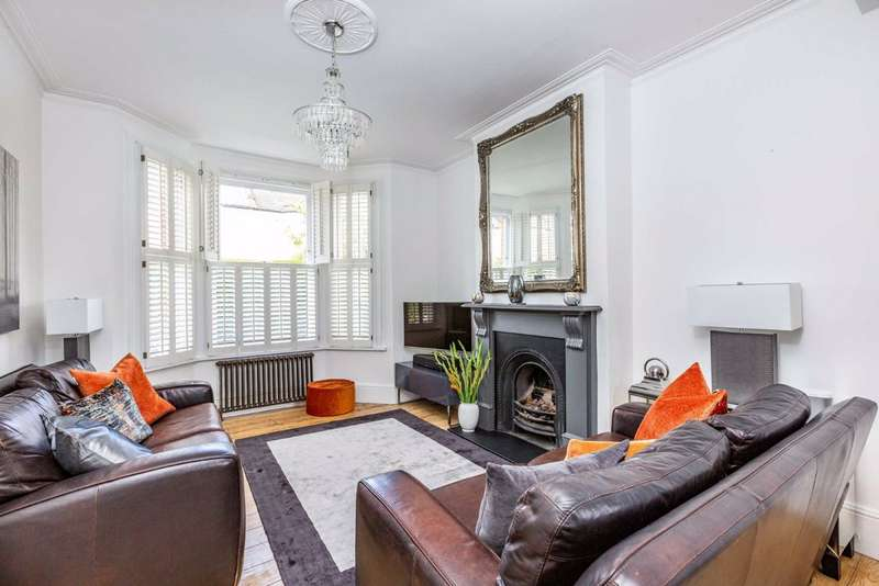 4 Bedrooms Terraced House for sale in Pentney Road, Balham