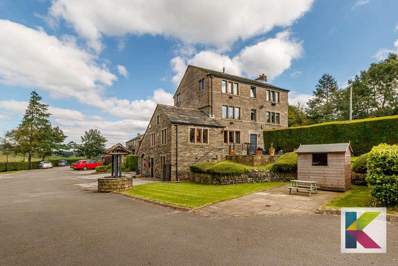 4 Bedrooms House for sale in Green Ash, Denshaw Road, Delph, Saddleworth