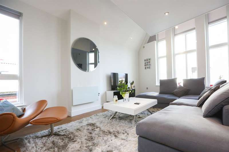 2 Bedrooms Apartment Flat for rent in Alumni Court, Cotton Street, Manchester