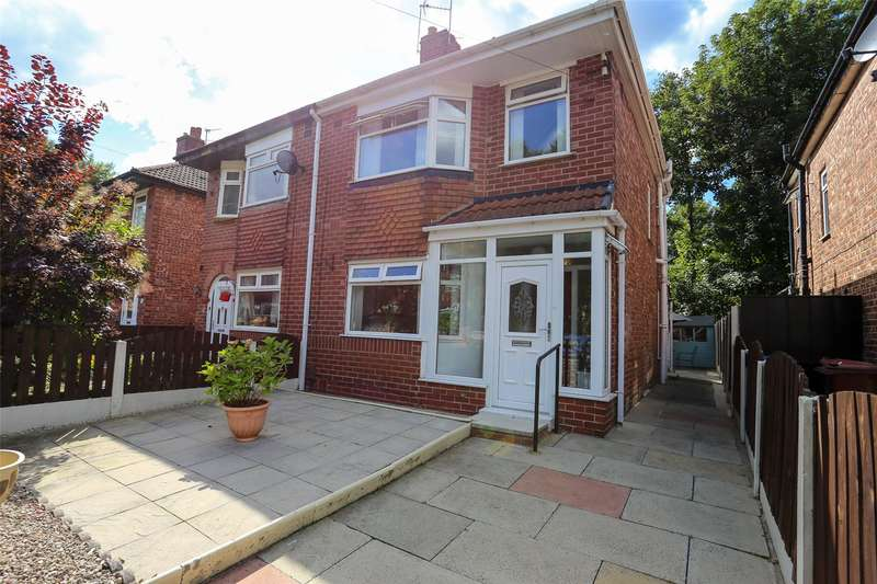 3 Bedrooms Semi Detached House for sale in Eastholme Drive, Levenshulme, Manchester, M19