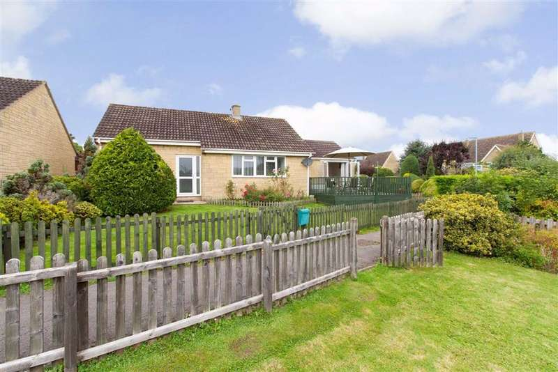 3 Bedrooms Bungalow for sale in Paynes Meadow, Whitminster, GL2
