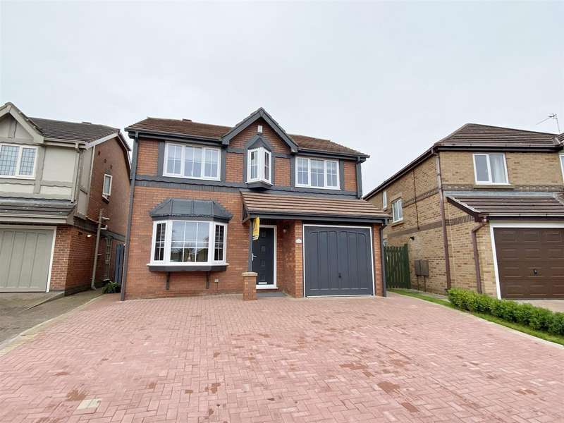 4 Bedrooms Detached House for sale in Cheviot Avenue, The Belfry, Lytham