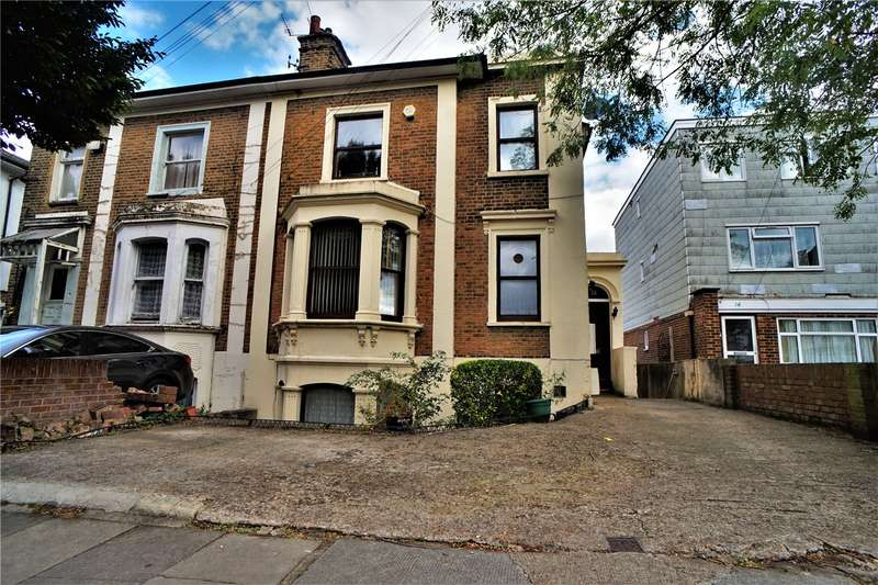 5 Bedrooms Semi Detached House for sale in The Grove, Gravesend, Kent, DA12