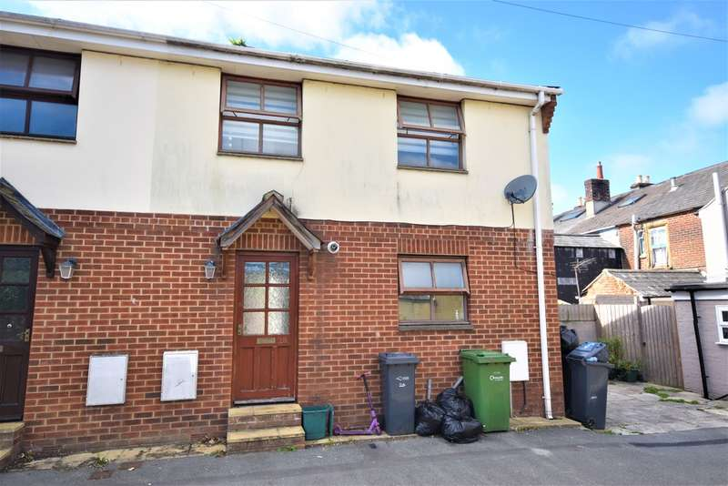2 Bedrooms Semi Detached House for sale in East View, Newport