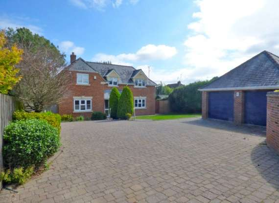 Detached House for sale in Sandfield Road, Gloucester, Gloucestershire, GL3 2EZ