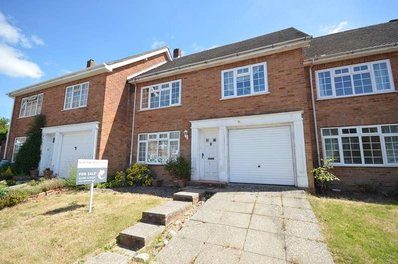 4 Bedrooms Terraced House for sale in St. Annes Gardens, Lymington, Hampshire, SO41