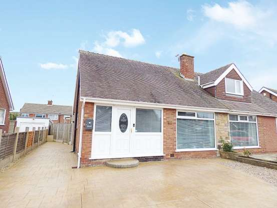 3 Bedrooms Semi Detached House for sale in Ashfield Road, Bispham, Lancashire, FY2 0BX