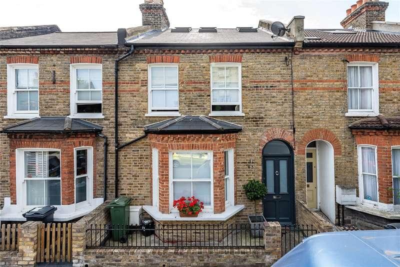 4 Bedrooms Terraced House for sale in Rommany Road, London, SE27