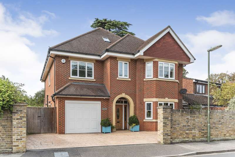 5 Bedrooms Detached House for sale in Highfield Road, West Byfleet, KT14