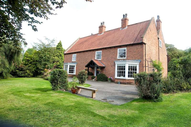 5 Bedrooms Detached House for sale in Main Street, Horkstow
