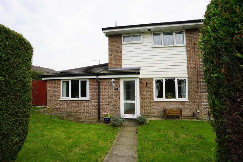 3 Bedrooms Semi Detached House for sale in Corston Grove, Blackrod, Bolton