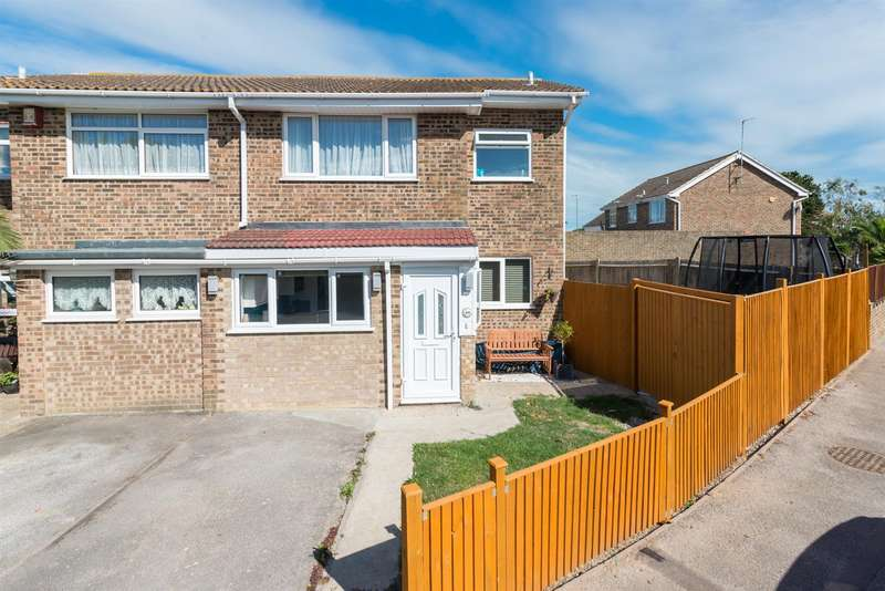 4 Bedrooms Semi Detached House for sale in Briary Close, Westbrook