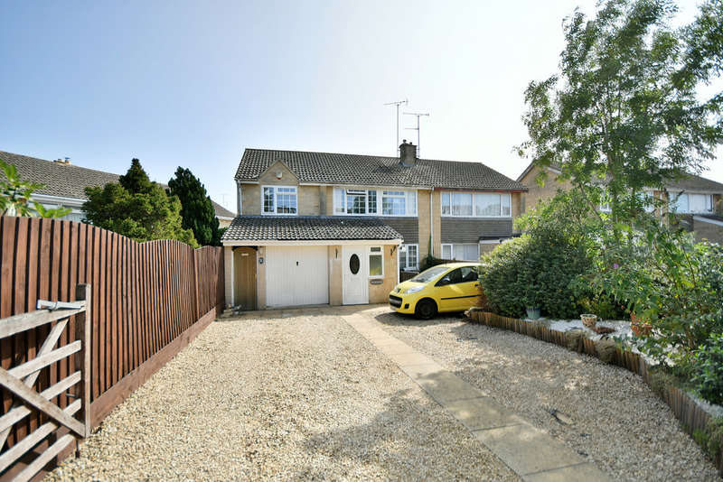 5 Bedrooms Semi Detached House for sale in Hatherop Road, Fairford