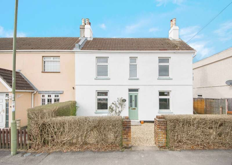 2 Bedrooms Semi Detached House for rent in Osborne Road, Warsash, Southampton, Hampshire, SO31