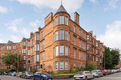 3 Bedrooms Flat for sale in Wilton Street, N Kelvinside, Glasgow