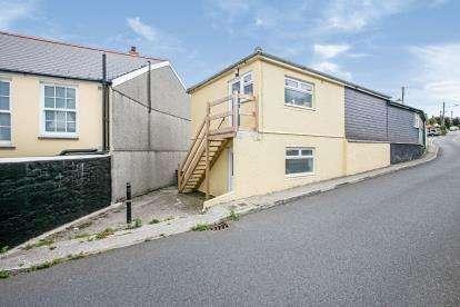 1 Bedroom Flat for sale in Penryn, Cornwall