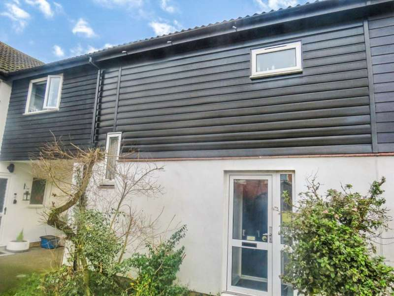 2 Bedrooms Terraced House for sale in Fidler Place, Bushey