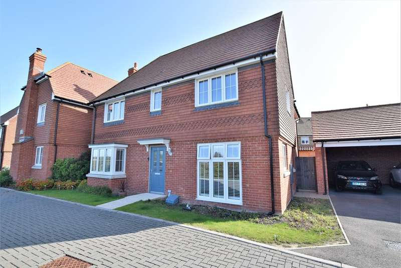 4 Bedrooms Detached House for sale in Goldfinch Drive, Finberry, Ashford
