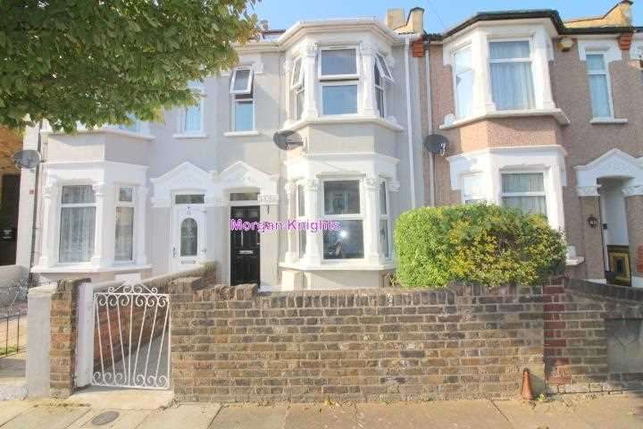5 Bedrooms Terraced House for sale in North Road, Seven Kings, IG3